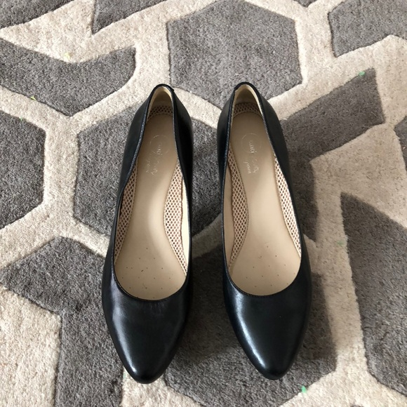 67348be0694 Easy Spirit Leather Pumps in Black